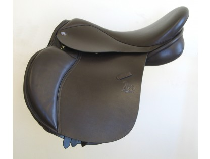 Equinox Saddles